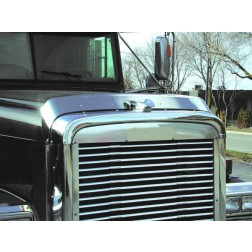 Hoodshield Bug Deflector for Freightliner Classic (1991+)