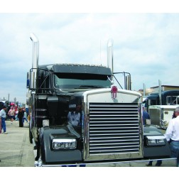 Kenworth W900L Louvered Grill - 16 Bars